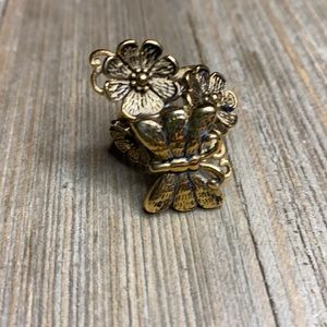 ▫️Plunder Tyler Antique Gold Butterfly and Flowers